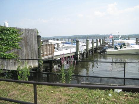 The plan calls for a pedestrian pier extending from the end of King Street out into the water.