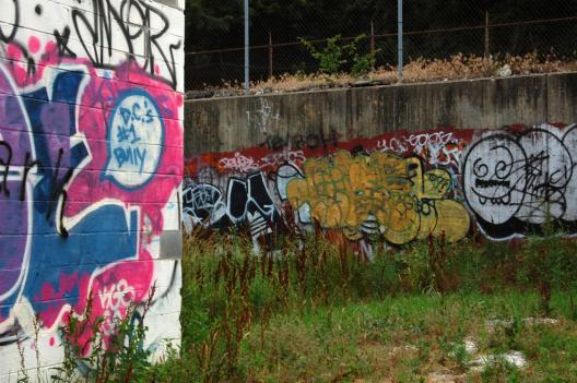 A graffiti spot just in front of the Red Line Metro tracks.
