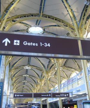 A power outage at Reagan National Airport Monday caused delays, long lines, and several cancellations.